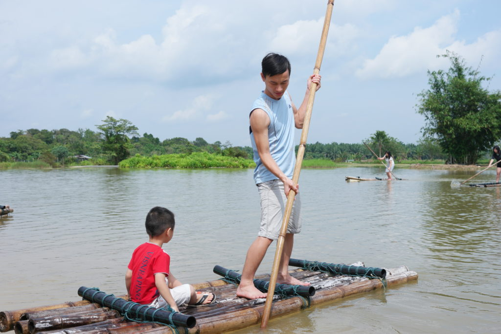 Rafting master Ryan